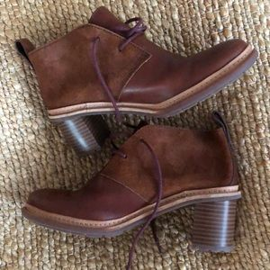 New Clark's brown leather ankle boots